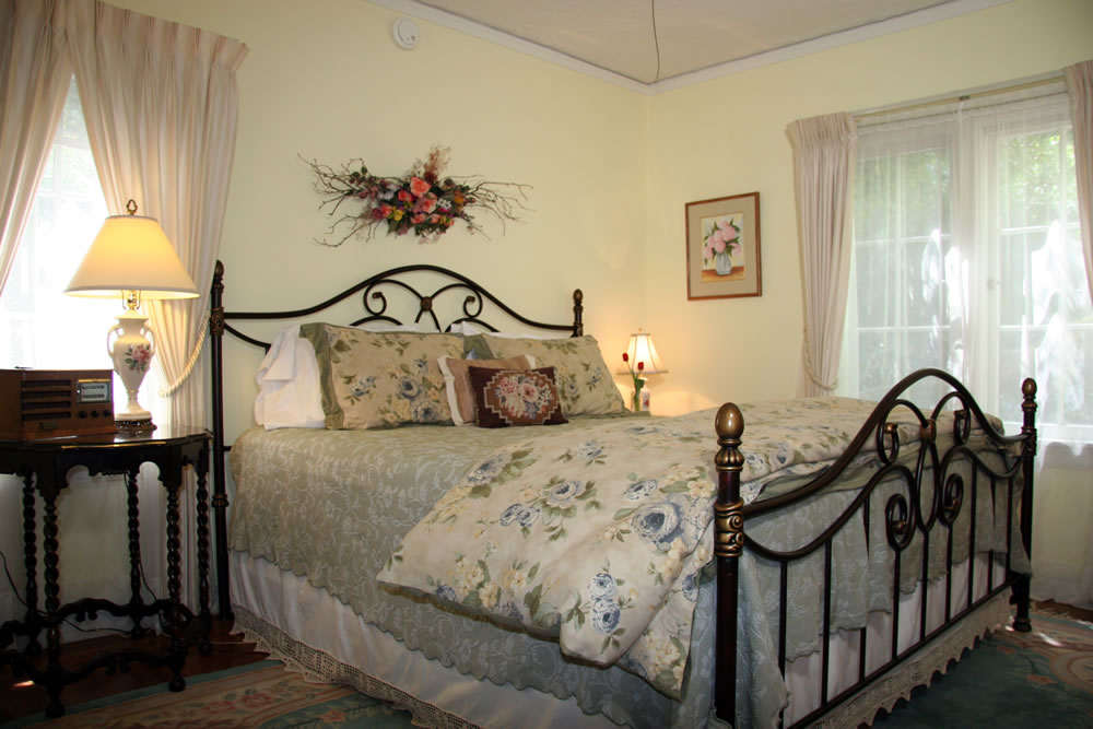 napa valley bed and breakfast inn - calistoga wayside inn